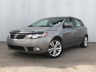 2012 Kia Forte 5-Door HB SX, LEATHER, HEATED SEATS, SUNROOF Sedan