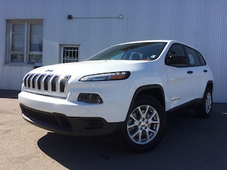 2016 Jeep Cherokee Sport, 4X4, BLUETOOTH, BACKUP CAM. SUV