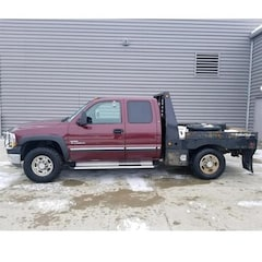 2002 CHEVROLET SILVERADO 2500HD Extended Cab LS Extended Cab Pickup - Full Size