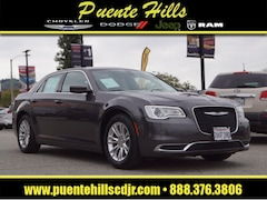 2017 Chrysler 300 Limited Limited  Sedan