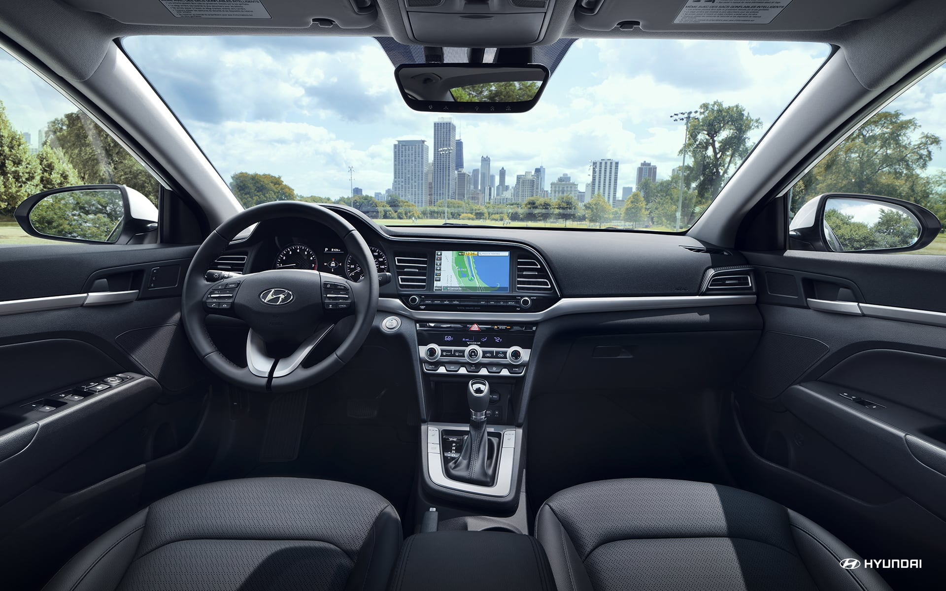 2019 Hyundai Elantra vs Ford Fusion Interior near Bolingbrook, IL