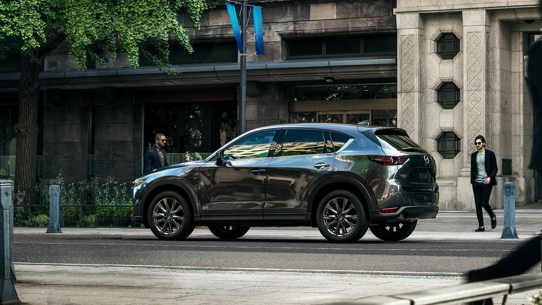Great deals on the new Mazda CX-5 serving Westmont, IL
