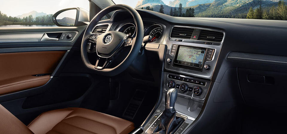 Volkswagen Golf Alltrack Interior in Downers Grove, IL
