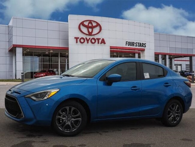 2019 Toyota Yaris Sedan XLE Sedan