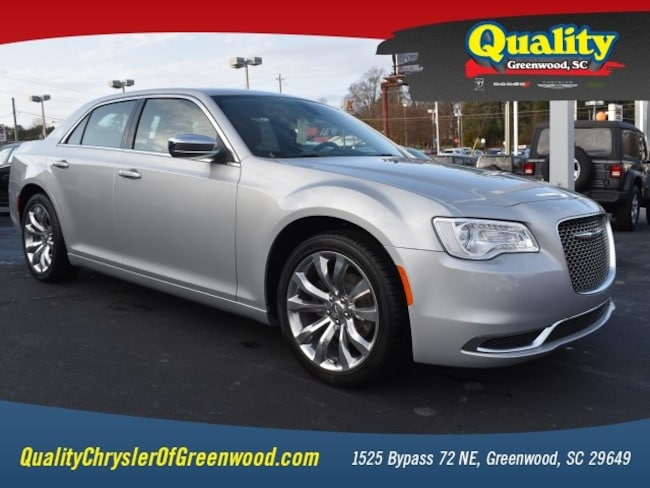 New 2019 Chrysler 300 TOURING Sedan Greenwood, SC