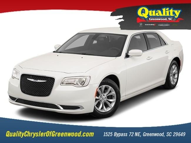 New 2019 Chrysler 300 TOURING L Sedan Greenwood, SC