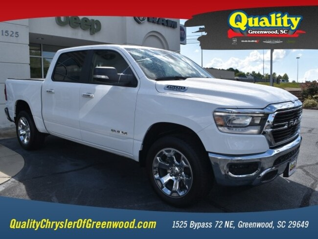 New 2019 Ram 1500 BIG HORN / LONE STAR CREW CAB 4X2 5'7 BOX Crew Cab Greenwood, SC