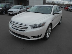 DYNAMIC_PREF_LABEL_INVENTORY_LISTING_DEFAULT_AUTO_NEW_INVENTORY_LISTING1_ALTATTRIBUTEBEFORE 2018 Ford Taurus Limited Sedan DYNAMIC_PREF_LABEL_INVENTORY_LISTING_DEFAULT_AUTO_NEW_INVENTORY_LISTING1_ALTATTRIBUTEAFTER