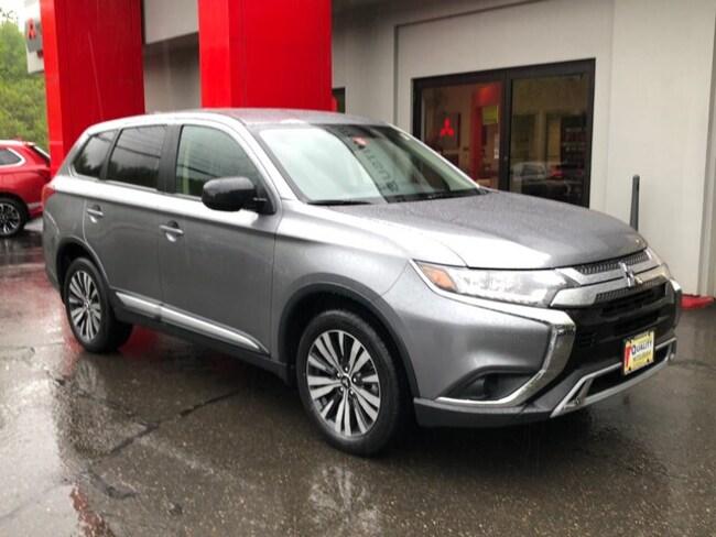 New 2019 Mitsubishi Outlander ES CUV St. Johnsbury, VT