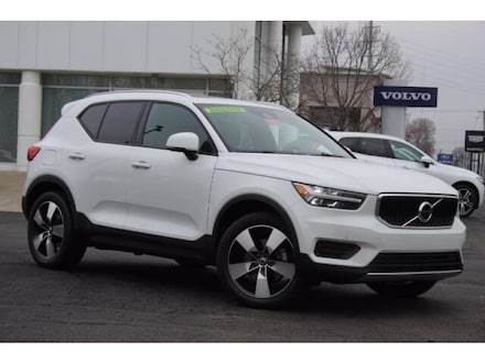 Featured used 2020 Volvo XC40 T5 Momentum SUV for sale in Lexington, KY