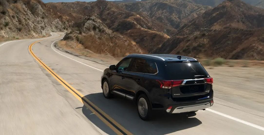 2019 Mitsubishi Outlander on Road