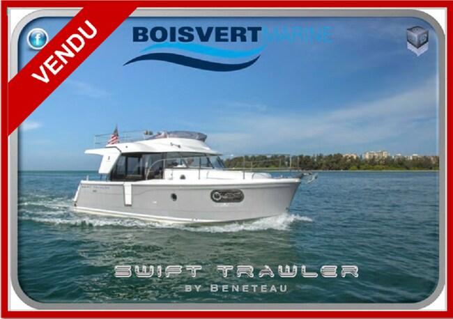 2017 BENETEAU SWIFT TRAWLER 30 (VENDU)