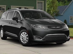 New 2018 Chrysler Pacifica TOURING L Passenger Van CH1480 in Bangor, ME