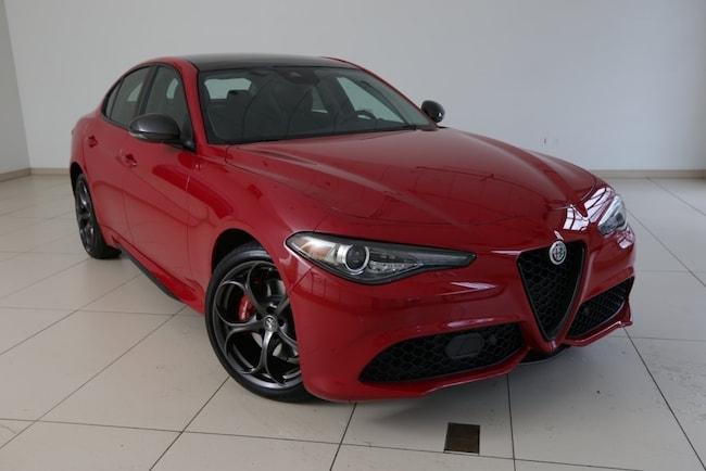 2019 Alfa Romeo Giulia TI SPORT CARBON AWD Sedan