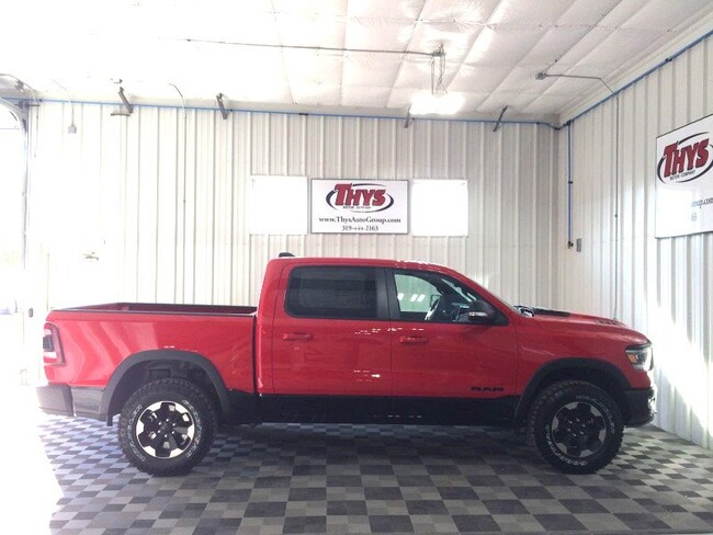 New 2019 Ram 1500 REBEL CREW CAB 4X4 5'7 BOX Crew Cab Belle Plaine IA