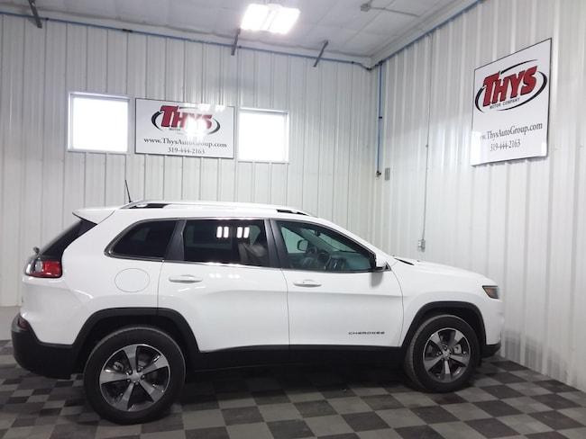 New 2019 Jeep Cherokee LIMITED 4X4 Sport Utility Belle Plaine IA