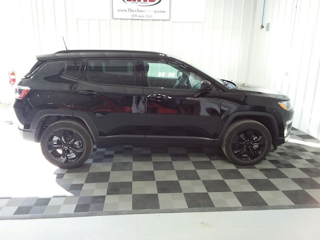 New 2019 Jeep Compass ALTITUDE 4X4 Sport Utility Belle Plaine IA