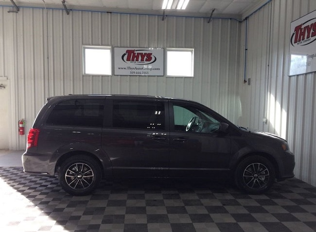 New 2019 Dodge Grand Caravan SXT Passenger Van Belle Plaine IA