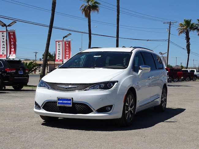 New 2018 Chrysler Pacifica LIMITED Passenger Van For Sale/Lease  Del Rio, Texas