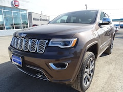New Chrysler Dodge FIAT Jeep Ram 2018 Jeep Grand Cherokee OVERLAND 4X4 Sport Utility 1C4RJFCT3JC453364 for sale in Del Rio, TX