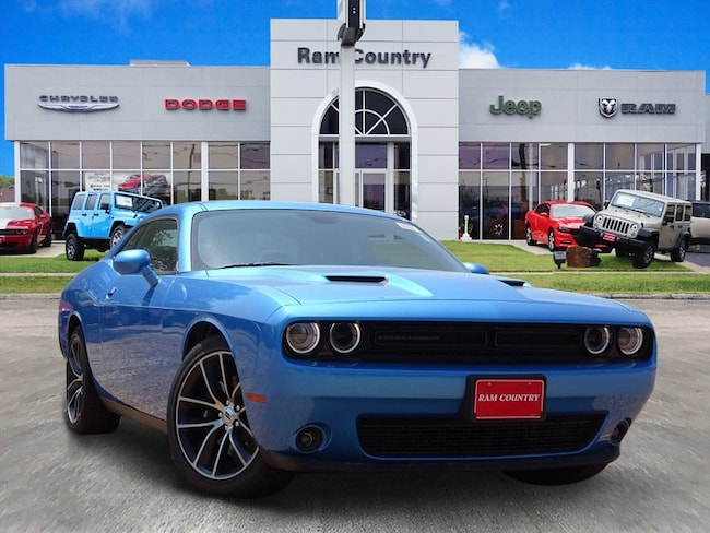 Used 2018 Dodge Challenger SXT Coupe For Sale Mineral Wells, TX