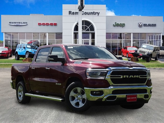2019 Ram 1500 BIG HORN / LONE STAR CREW CAB 4X2 5'7 BOX Crew Cab 1C6RREFT0KN567995 for sale in Mineral Wells, TX at Ram Country