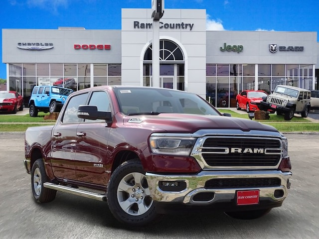 2019 Ram 1500 BIG HORN / LONE STAR CREW CAB 4X2 5'7 BOX Crew Cab 1C6RREFT2KN567996 for sale in Mineral Wells, TX at Ram Country