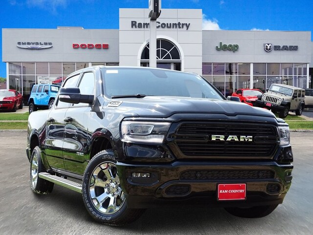 2019 Ram 1500 BIG HORN / LONE STAR CREW CAB 4X2 5'7 BOX Crew Cab 1C6RREFT1KN563146 for sale in Mineral Wells, TX at Ram Country