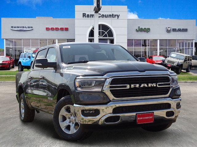 2019 Ram 1500 BIG HORN / LONE STAR CREW CAB 4X2 5'7 BOX Crew Cab 1C6RREFT8KN581398 for sale in Mineral Wells, TX at Ram Country