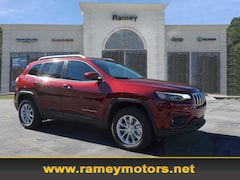 New 2019 Jeep Cherokee LATITUDE 4X4 Sport Utility in Princeton, WV