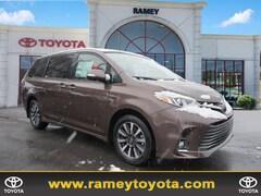 2019 Toyota Sienna Limited Premium 7-Passenger AWD Limited Premium 7-Passenger  Mini-Van