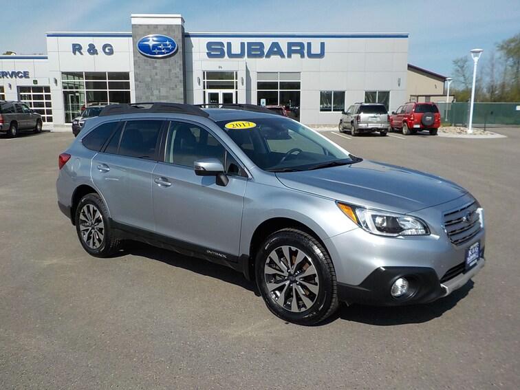 Used 2017 Subaru Outback 2.5 Limited, Eyesight, Navigation, Moonroof, New T SUV near Fergus Falls