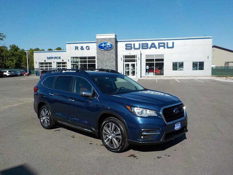 New 2019 Subaru Ascent Touring 7-Passenger SUV near Fergus Falls