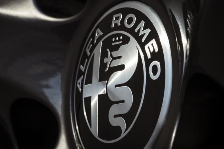 Alfa Romeo Nero Edizione Package NJ