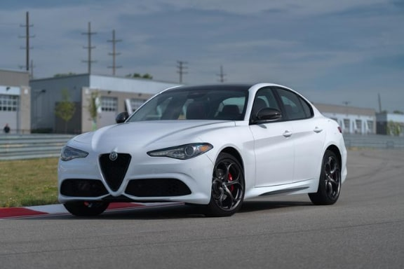 2019 Alfa Romeo Giulia Ti Sport Carbon NJ