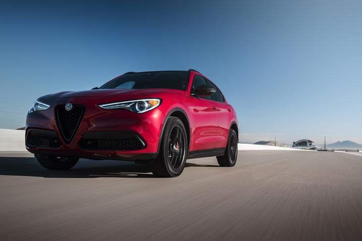 2019 Alfa Romeo Stelvio Adds New Standard Optional Features