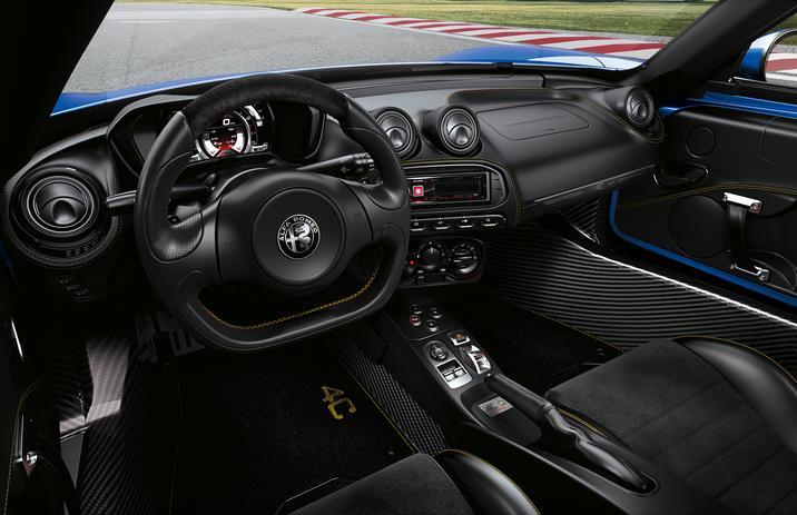 2020 Alfa Romeo 4C Spider Italia Interior