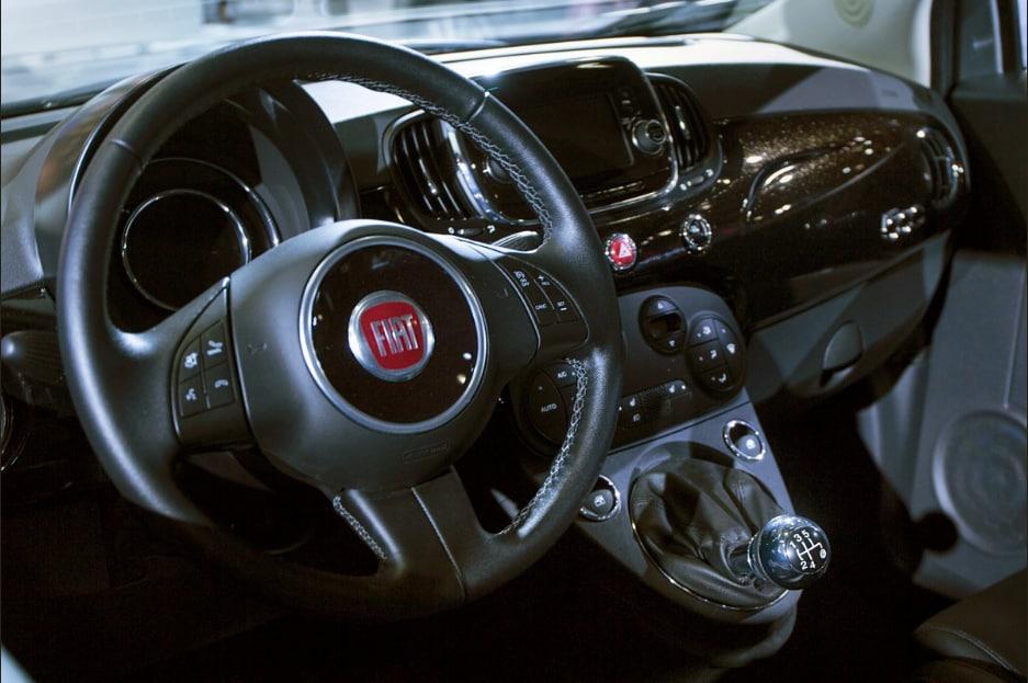 2018 Fiat 500 Urbana Edition Interior