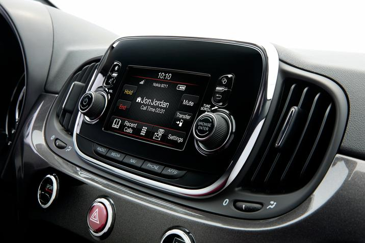 Fiat Apple CarPlay