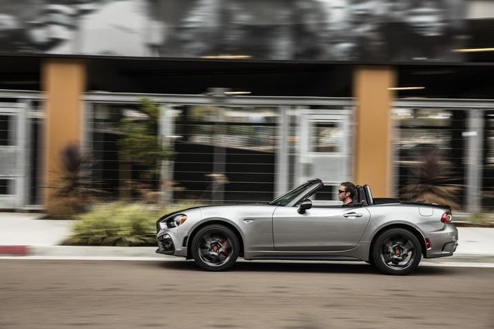 2018 Fiat 124 Spider Awards