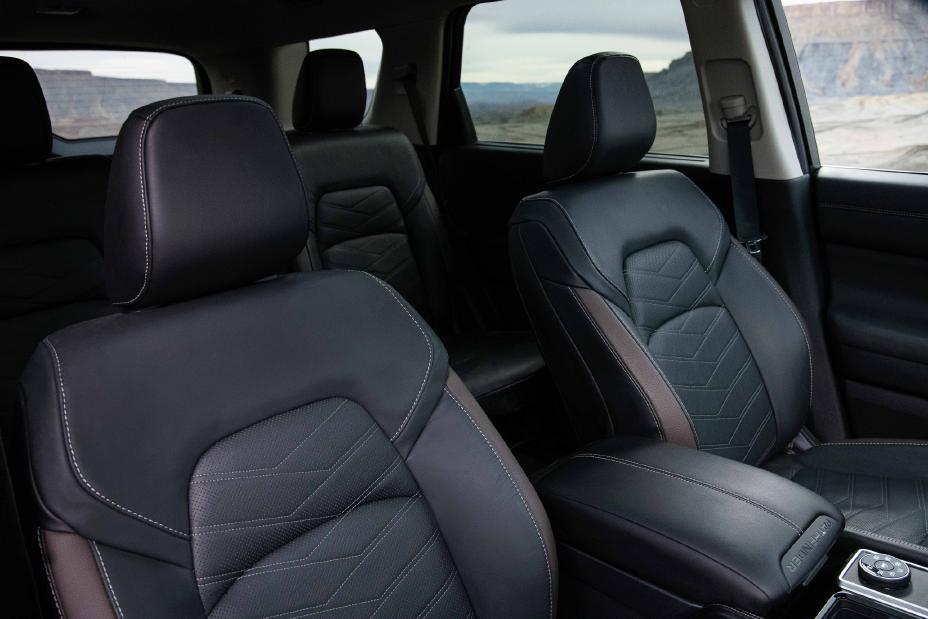 2022 Nissan Pathfinder Englewood Cliffs NJ