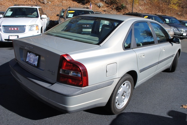 Used 2001 Volvo S80 For Sale at Ramsey Corp. | VIN: YV1TS94DX11155556