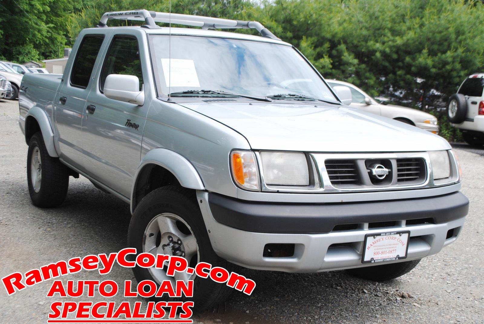 2000 Nissan Frontier XE 3.3 Truck Crew Cab