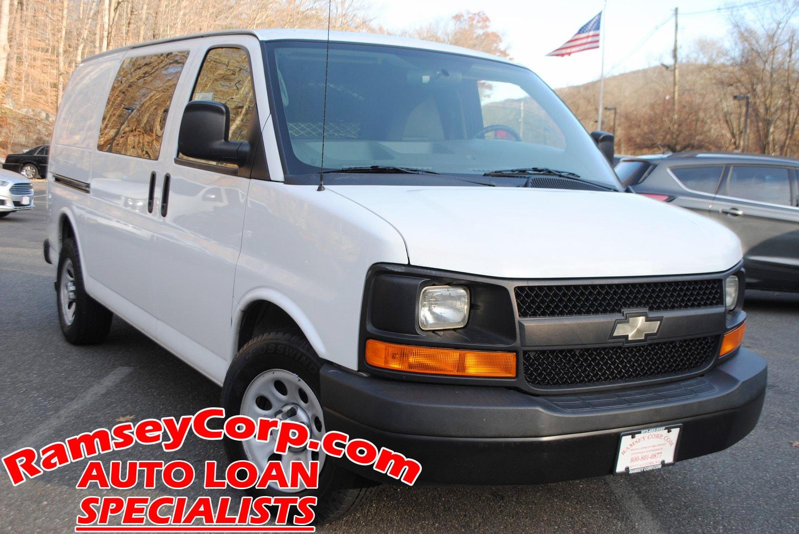 2011 Chevrolet Express 1500 Work Van 4.3 Van Cargo Van