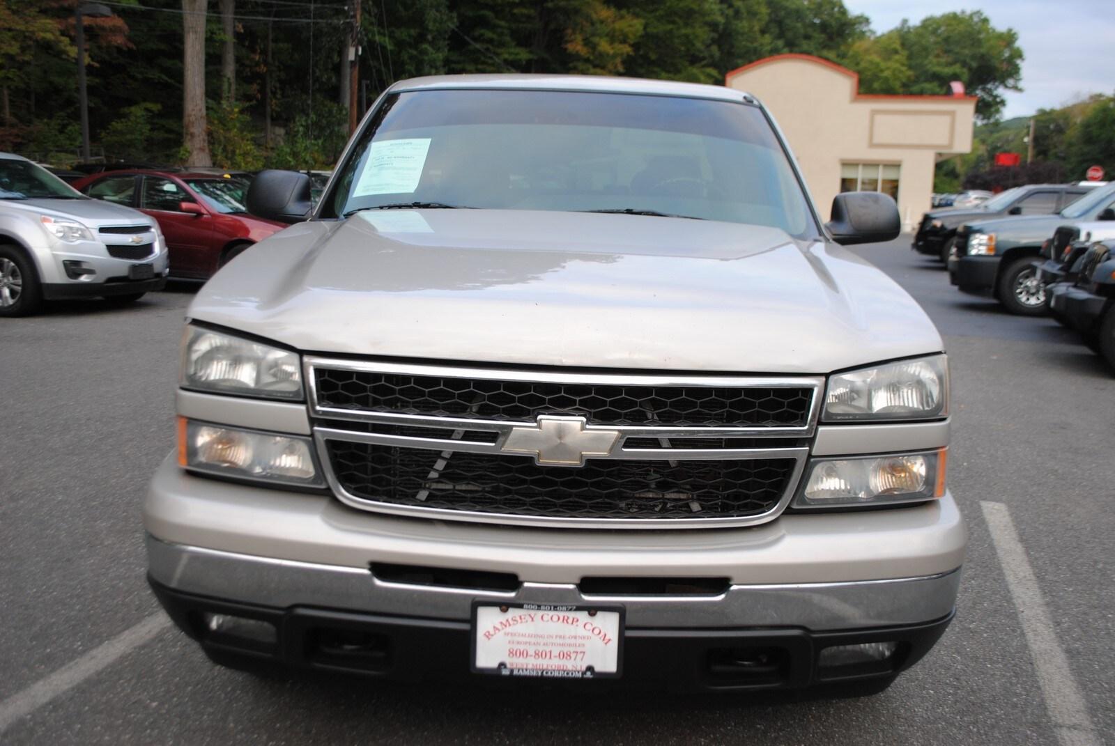 Used 2006 Chevrolet Silverado 1500 For Sale at Ramsey Corp    VIN