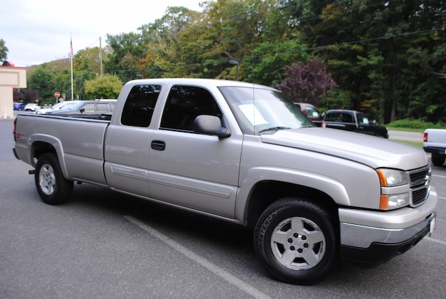 used 2006 chevrolet silverado 1500 for sale at ramsey corp vin 1gcek19t46e110404. Black Bedroom Furniture Sets. Home Design Ideas