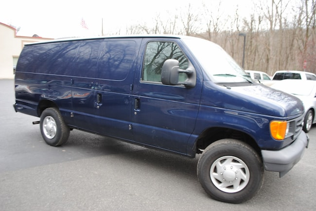 63a3caf459 ... 2007 Ford E-250 Commercial 4.6 Van Extended Cargo Van ...