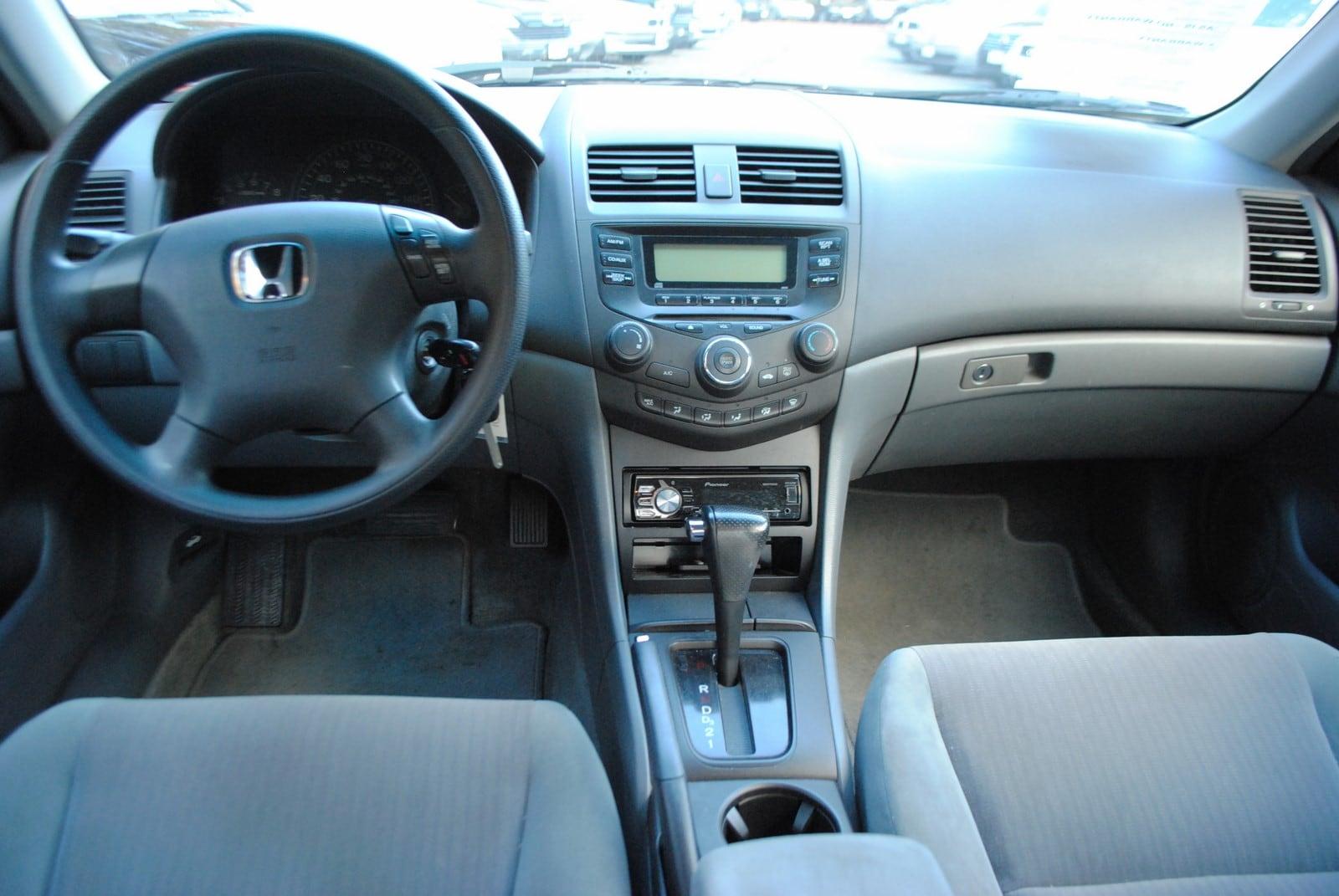 ... 2003 Honda Accord LX 2.4 Sedan ...