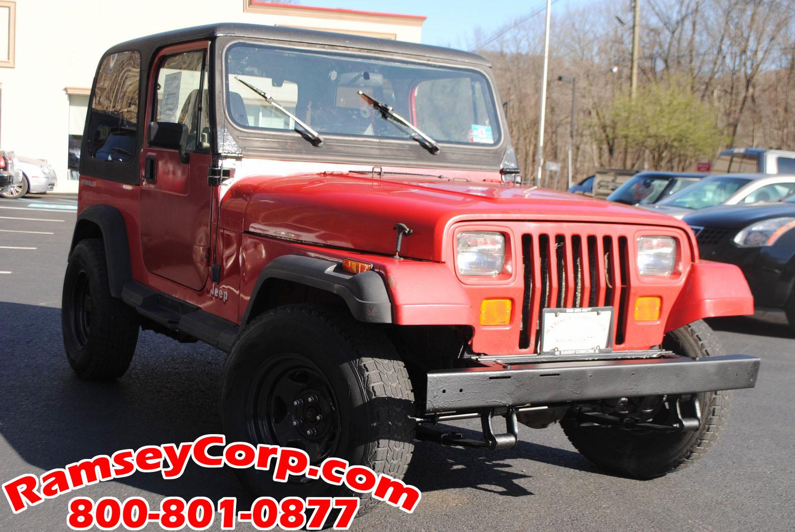 ... 1995 Jeep Wrangler S 2.5 SUV ...