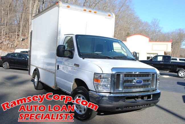 2013 Ford E-350 Cutaway 5.4 Truck